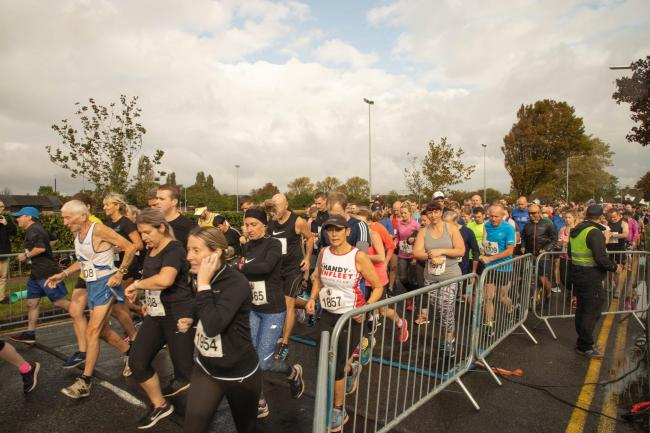 Underway - the Southend 10k gets started