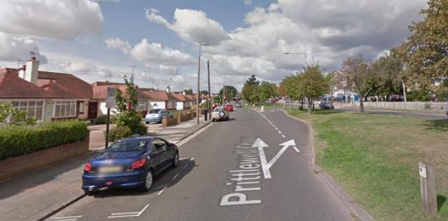 Armed gang target teen in alleyway night-time attack