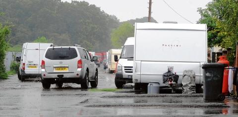 Southend Standard: Never-ending battle – the caravans in Oak Lane which have been ordered to leave