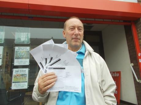 Terry Davis with the five voting cards