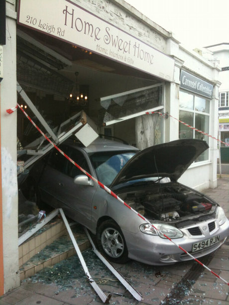 car leaves trail of devastation. Taylor Rust/YourSouthend
