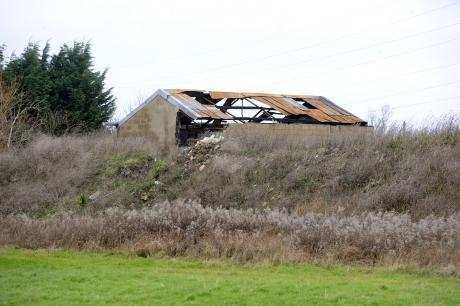 Asbestos-riddled building to be demolished at Dale Farm