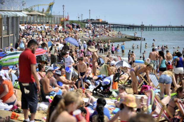 Southend Standard: Traders delight as sun shines on Southend