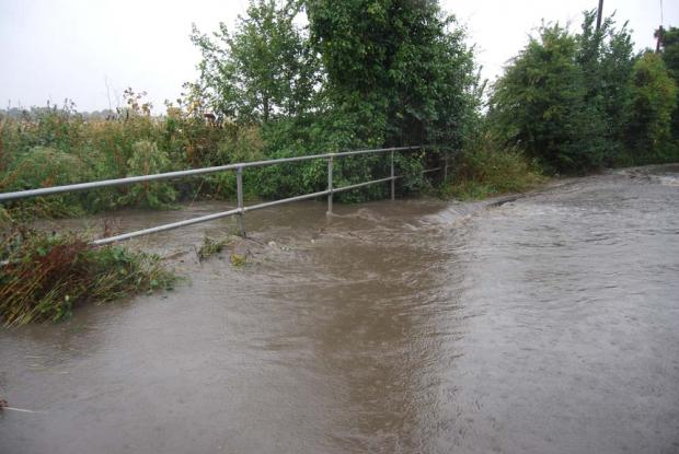 Police release flooding advice