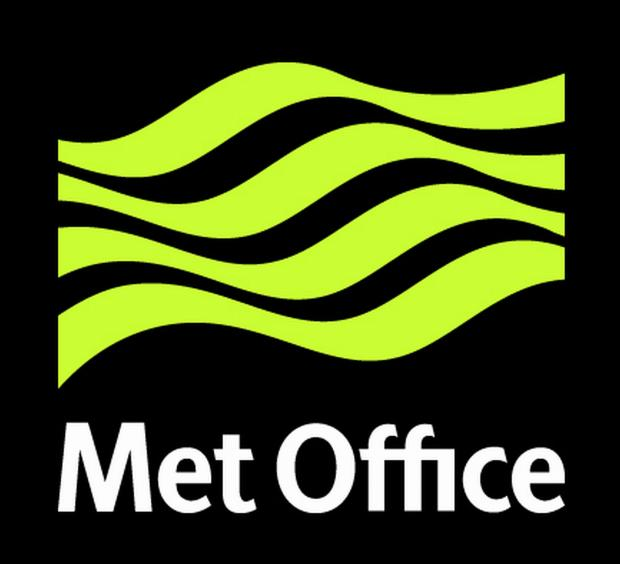Met office issues warning of fog which could cause travel disruption in Essex