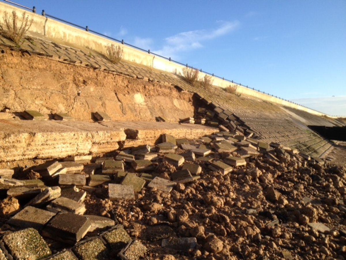 Vital seawall defence collapses on to Shoebury beach, leaving gaping hole