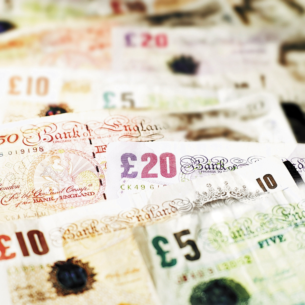 Couple caught in £15k benefit fraud