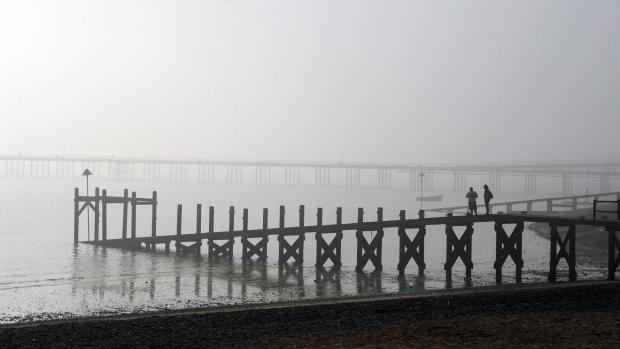 IN PICTURES: Fog shrouds Southend coastline