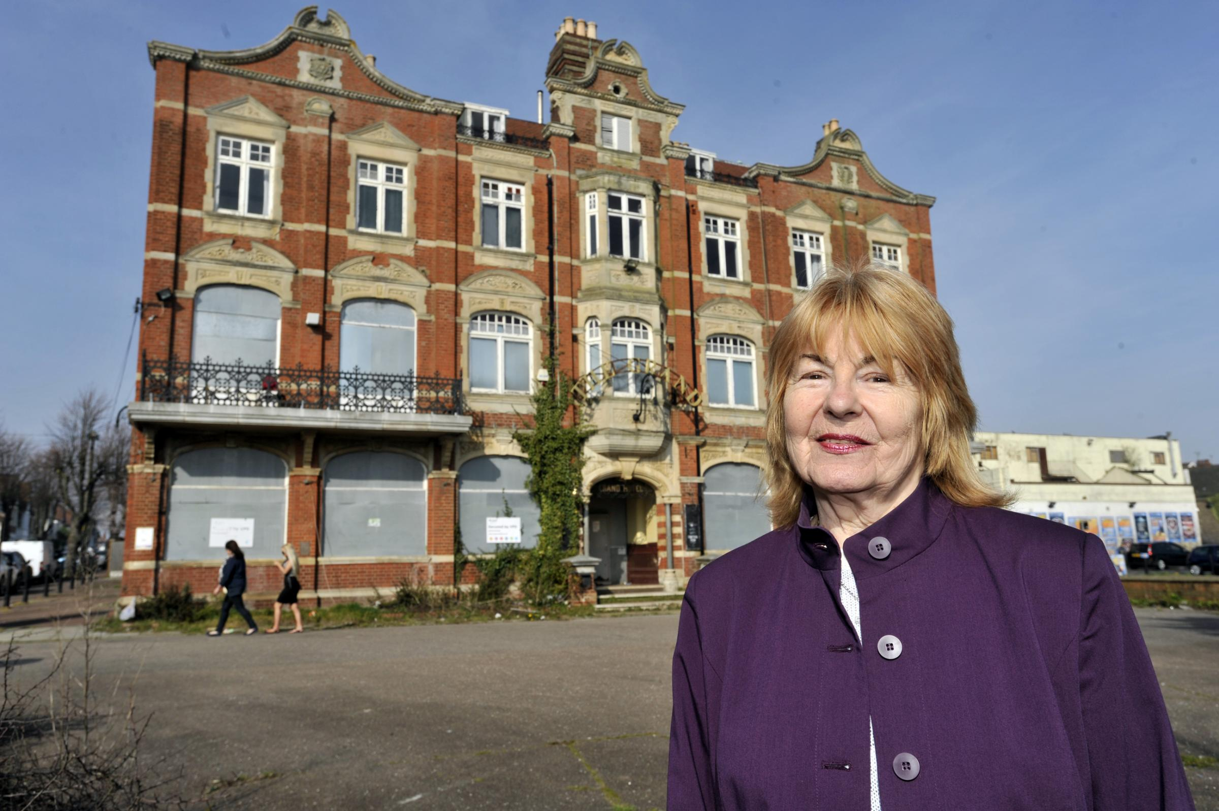 Leigh Town Council leader Caroline Parker at the grand