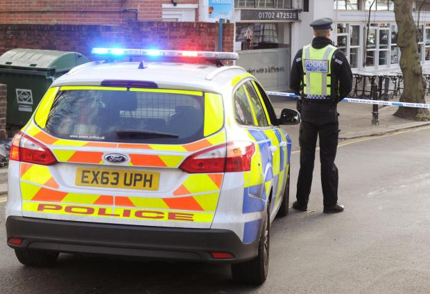 Southend Standard: Police incident cordons off Leigh street