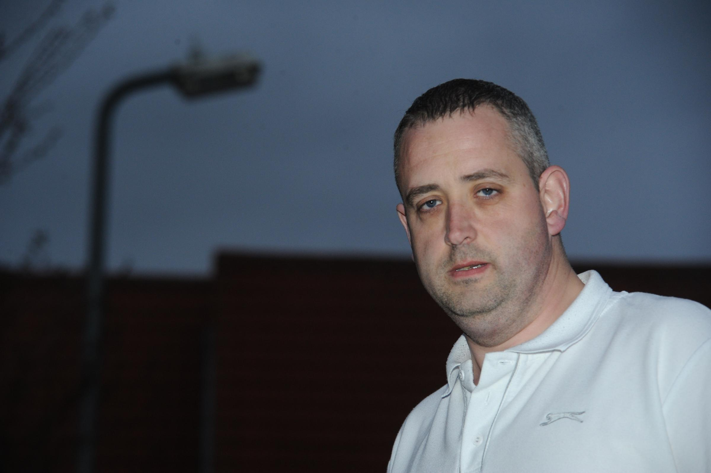 Security guard urges council to turn street lights back on after he was mugged