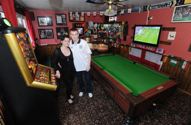 Southend Standard: What can we get ya? Vicky and Steve in the Bullseye