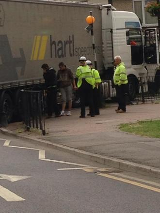 Lorry blocks Canvey road for six hours