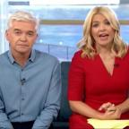 Southend Standard: Holly Willoughby apologises after Joey Essex swears on This Morning