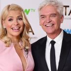 Southend Standard: Holly Willoughby teases Phillip Schofield over his 'horrible' holiday in Dubai